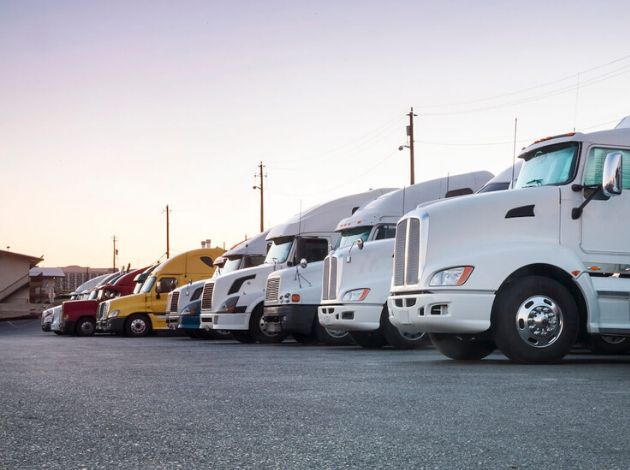 Freight Master Trans - Trucks in a Row - Trucking Chicago Illinois